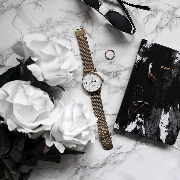 Czas na klasykę.  #Triwa#Triwawatch#business#classic #workday #watch#watch #zegarek #butiki #swiss #butikiswiss