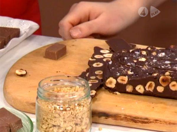 Mörk chokladfudge med apelsin och hasselnötter   Recept från Köket.se
