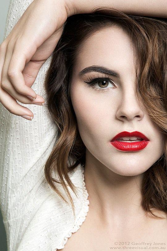 Best 25 Female modeling poses ideas on Pinterest