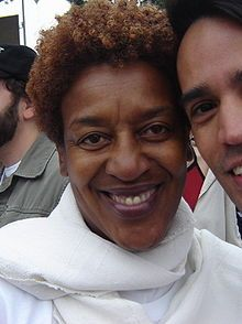 C. C. H. Pounder was born on December 25, 1952, in Georgetown, British Guiana (now Guyana), the daughter of Betsy Enid James Arnella and Ronald Urlington Pounder. She was educated in England and moved to the U.S. in 1970, where she attended Ithaca College. Pounder made her acting debut in the 1979 film All That Jazz.