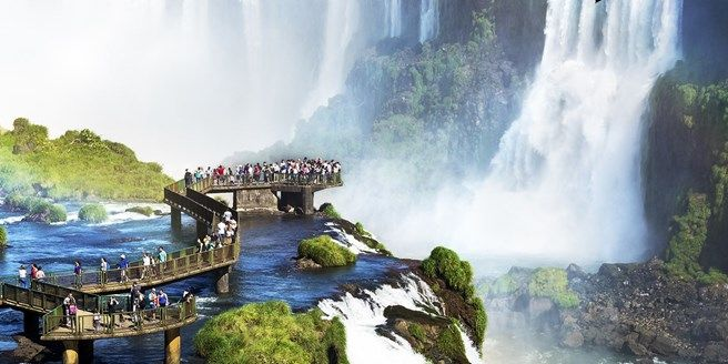 Brazil & Argentina Tour w/Iguazu Falls & Flights