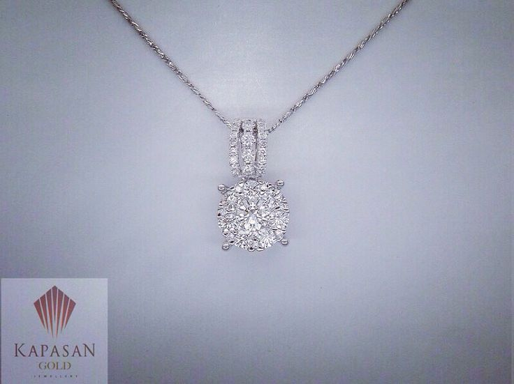Fashion diamond pendant.