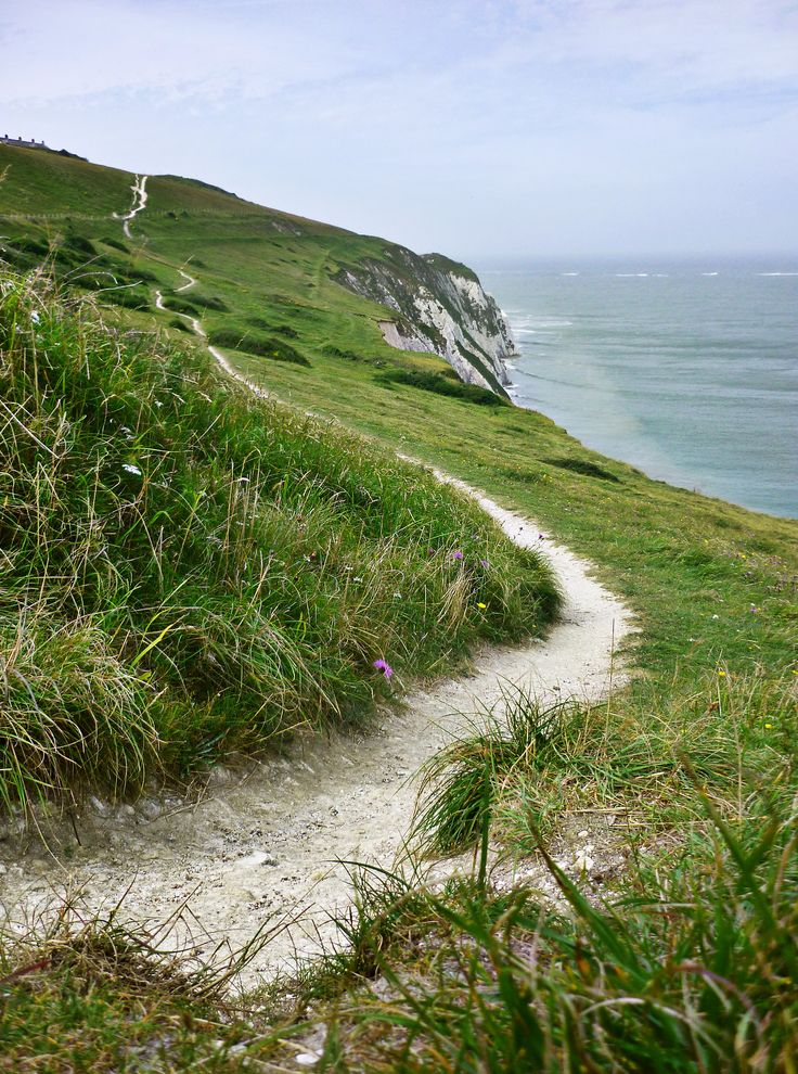 I've walked along this path. So pretty. Isle of Wight. X
