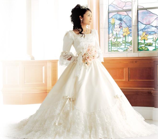 ホテルミラコスタのウェディングドレスみたい。ほんとディズニーのお姫様みたいな可愛いAライン