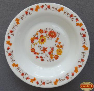 L'assiette Arcopal avec ses fleurs oranges  ... chez muluBrok !