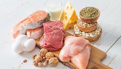 Eine eiweißreiche Ernährung ist das A und O für den Muskelaufbau