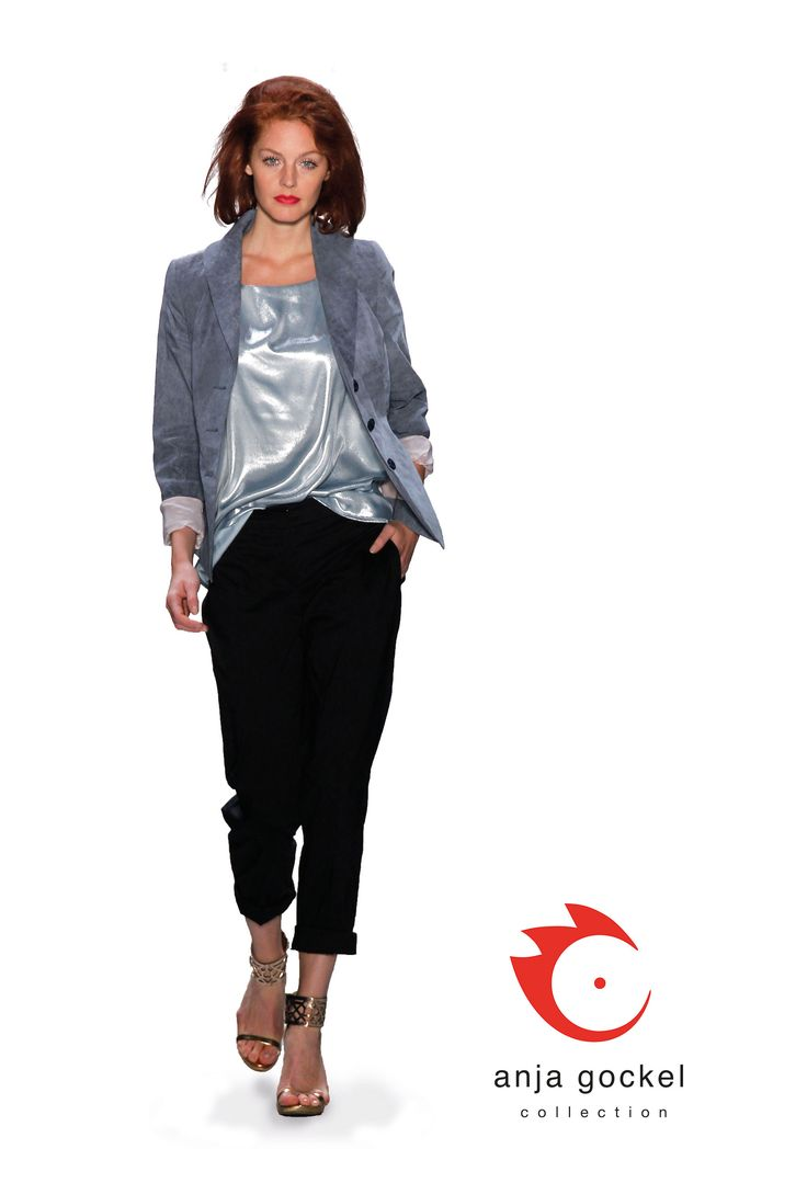 The classic Grace jacket in linen stretch worn over a wonderfully stretch metallic top and very elegant black trousers.