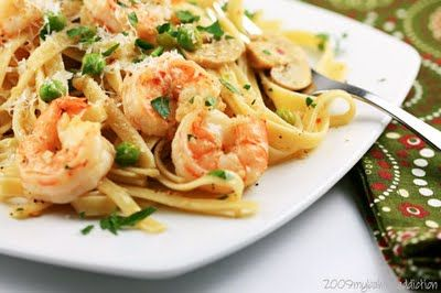 Shrimp Linguini , going to make this very soon! Since I'm keen to making shrimp alfredo!