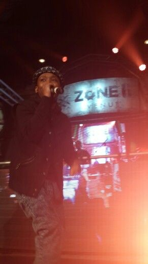 Maggz perfoming at the Sprite Uncontainable Hip Hop festival