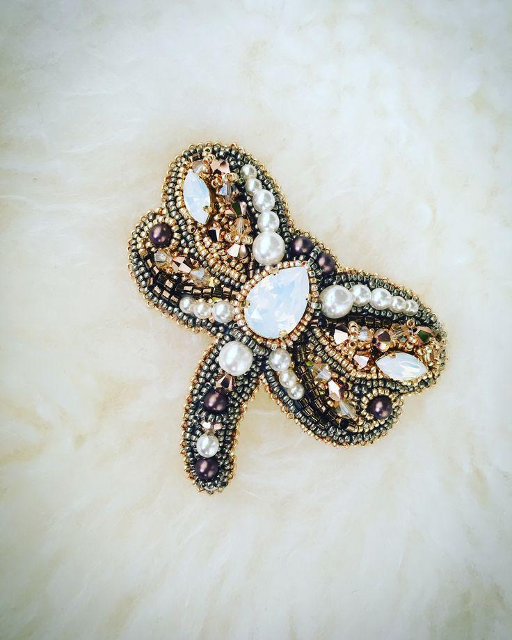 Broche Libellule avec cristaux Et perles Swarovski, rocaille MIYUKI