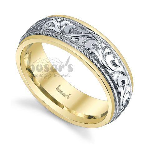 Two-tone wedding band with engraved design #weddingring