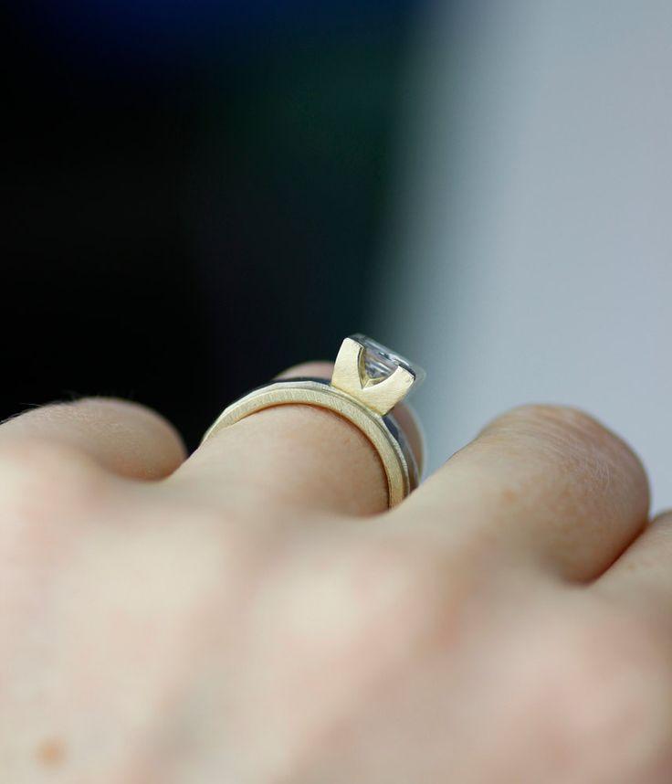 moderno anillo de compromiso  corte de la princesa de