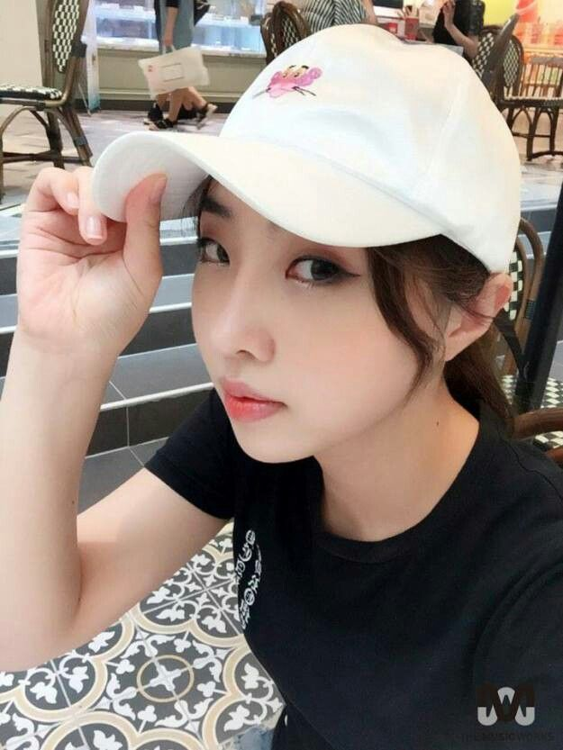 """"""" The weather was really hot so I came to have a cup of coffee!! Please be careful of the heat~~^^"""""""