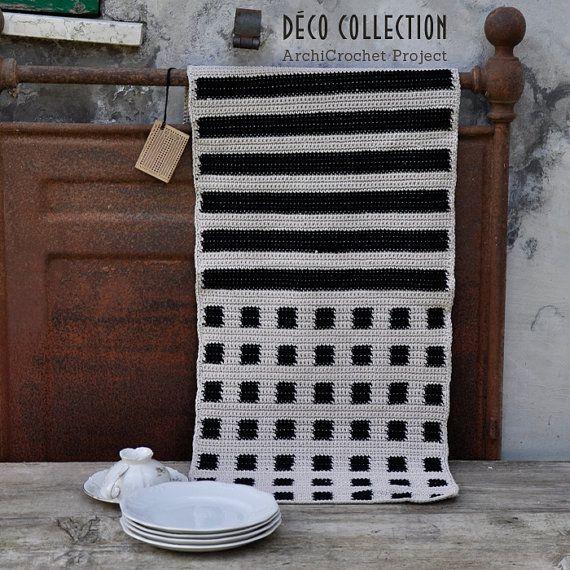 Modern table runner, geometric centerpiece, grafic design, handmade deco syle tapestry crochet