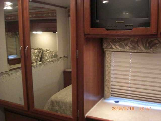 "2004 Used Fleetwood Southwind 32VS Class A in New York NY.Recreational Vehicle, rv, Financing & warranty available to qualified buyer, for this beautiful slightly used 2004 Fleetwood Southwind class A motor home. 32"" with 2 slide outs. Only 12,767 miles. Excellent condition inside & out! Gorgeous cherry cabinets, 3 burner oven range, convection microwave oven, ice maker, Corian counter tops. Too many features to list!!! Also available single car hauler, with ramps. 585-857-0613 ,$39,900.00"