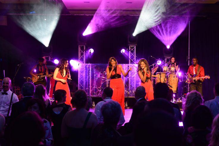 Le groupe Discothèque qui nous a fait danser sans arrêt!!!
