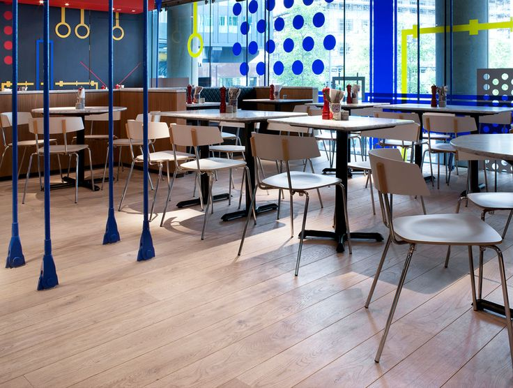 In a hospitality space, durability and ease of maintenance are key when selecting flooring. This is why the Havwoods Venture Plank range is the go-to for so many of our clients designing for the hospitality industry. Not only is it exceptionally durable, but it looks great too! Pictured is Havwoods Oak Blanco in Pizza Express restaurant, UK.