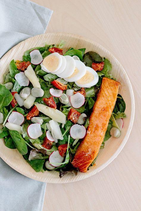 Recept: Spinaziesalade met witte asperges