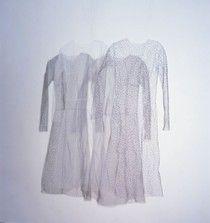 Caroline Broadhead  thread, wire & cloth: Module 3. Assigment 4. Artist who use textiles