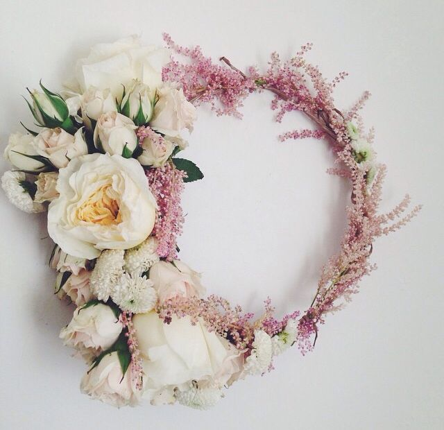 A gorgeous flower crown