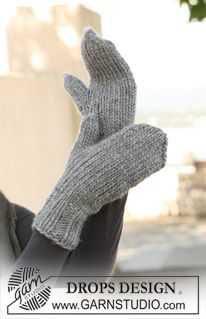 "Basic DROPS mittens in stockinette st in ""Eskimo"". ~ DROPS Design"