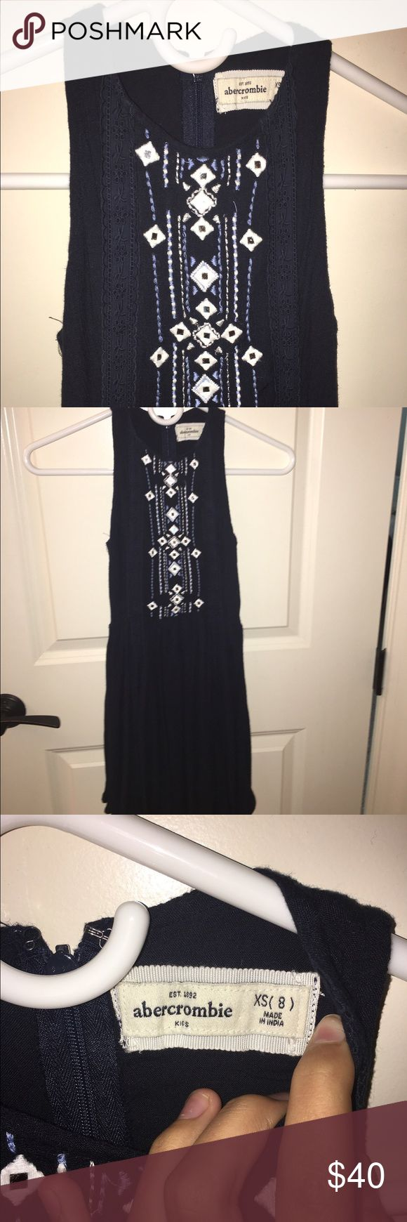 Navy Abercrombie dress Never warn!! Very cute! size 8 in Abercrombie Kids :) It is a Navy color not black. if u have any questions feel free to comment them :) abercrombie kids Dresses Casual
