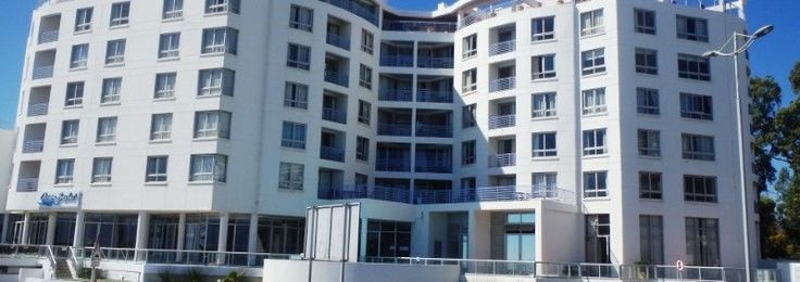 The Ocean View Hotel Conference Centre, 17 Beach Road, Strand Beach, Strand can accommodate up to 250 delegates for a cinema style presentation and 250 people for a cocktail or finger fork reception. The capacity for Lunch and dinner functions on round tables is 150 persons. Dinner dance functions are most comfortable at 120 persons with the adjourning rooms being used for the dinner buffet set up.Winter conference special till 30 November 2015. ·         Full day Conference @ R300 per…