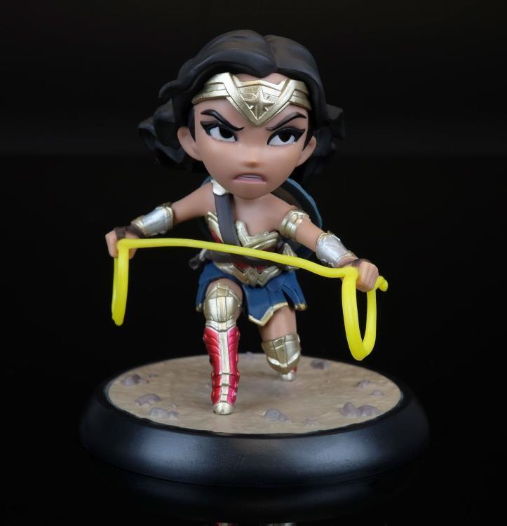 #transformer Justice League Q-Fig Wonder Woman