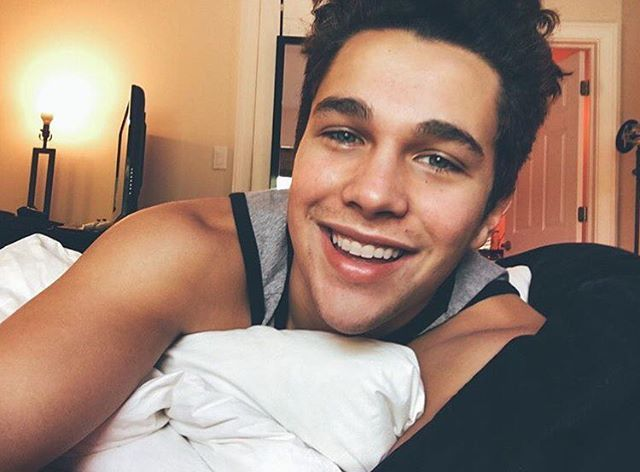 Find this Pin and more on Austin Mahone by hernandez8375.