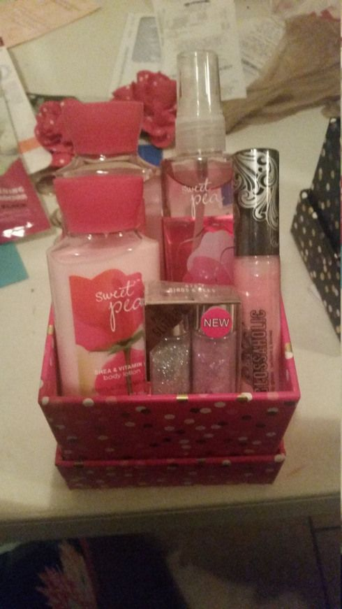 Bath And Body Works Hard Candy Makeup Gift Box By Cutiepatutties On Etsy Giftbasket Makeup Gift Basket Bath And Body Works Makeup Gifts Basket Diy Gifts