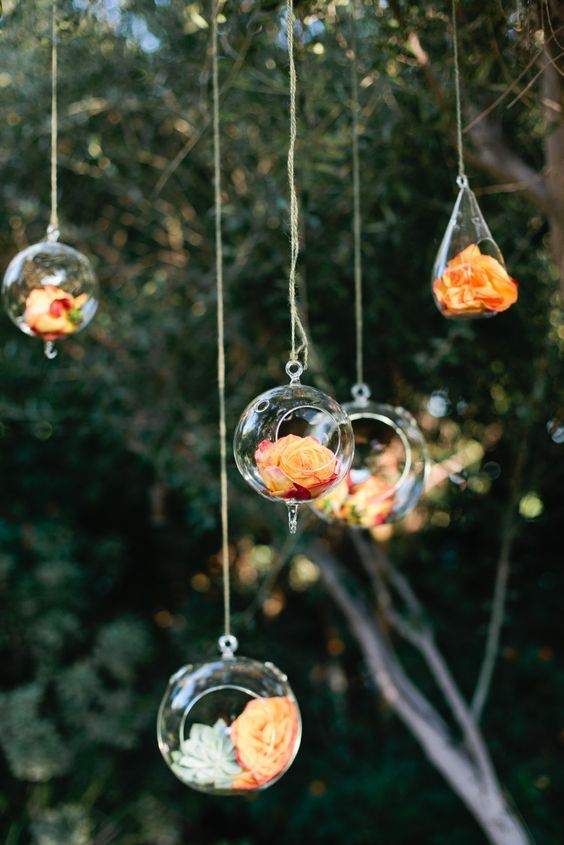 Hanging Orange Floral Decor / http://www.deerpearlflowers.com/orange-wedding-color-ideas/2/