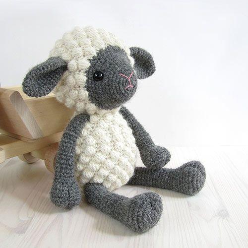Cuddly sheep - Amigurumipatterns.net
