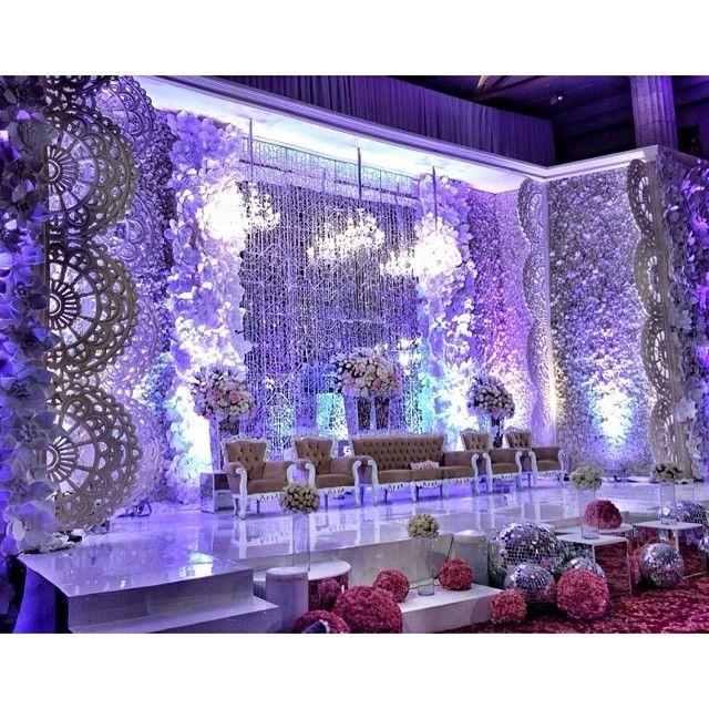 95 best wedding decor images on pinterest wedding ideas feather wedding decor junglespirit Gallery