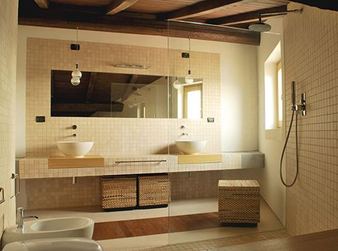 Architecture. mediterranean house renovation. A project by OfficineMultiplo. #bagno #bathroom