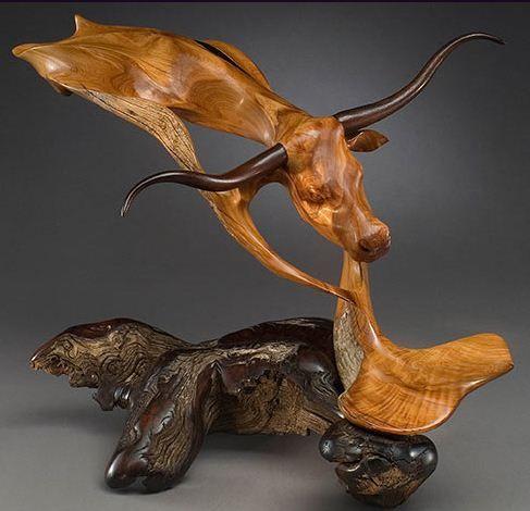 J. Christopher White.  Esculturas de madera - De la niebla