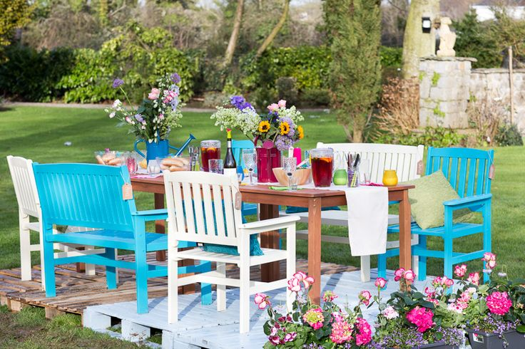 #Summerlovin if you're feeling #creative and up for a challenge, why not liven things up with a splash of colour from Ronseal's garden paint range. Find out how to #GetTheLook at Woodies.ie.