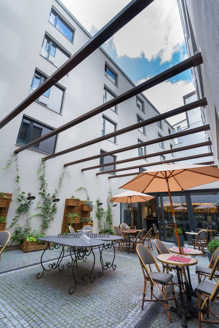 Summer terrace / Hotel UNIC Prague