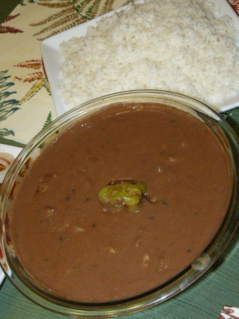 Haitian Recipes ::Sos Pwa Rouj (Red bean soup). Served over white Jasmine rice with Haitian stewed chicken.