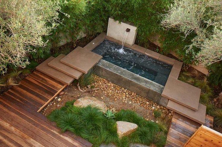 aménagement petit jardin dans larrière-cour avec étang de jardin ...