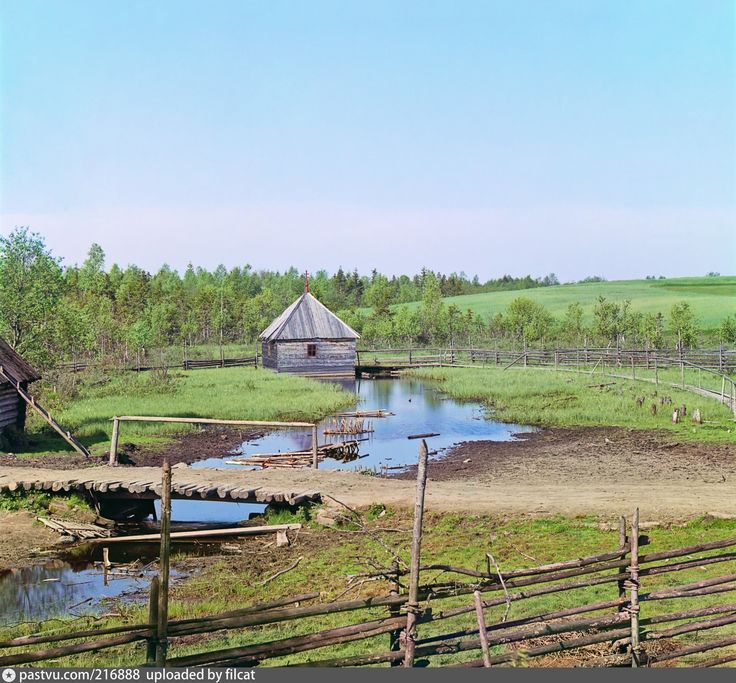 Снято в селе Волговерховье (в окрестностях Осташкова) - там, где начинается великая русская река Волга (Ра).
