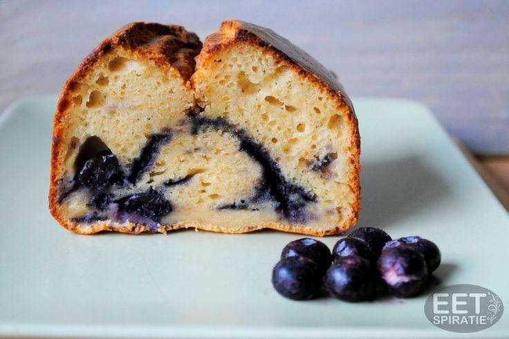 blauwe bessen cake met speltbloem of amandelmeel