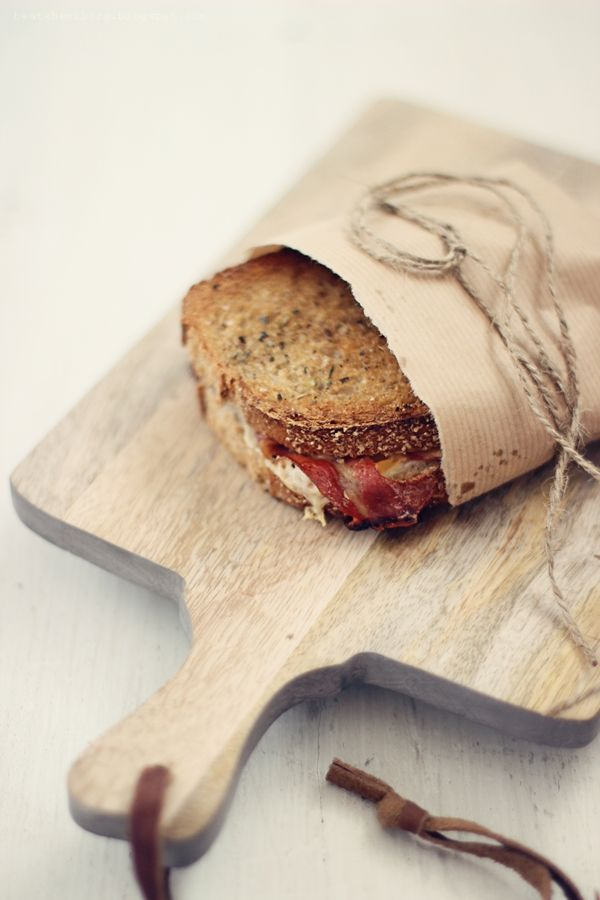 wholemeal garlic oreganO toasts with grilled cheese & ham