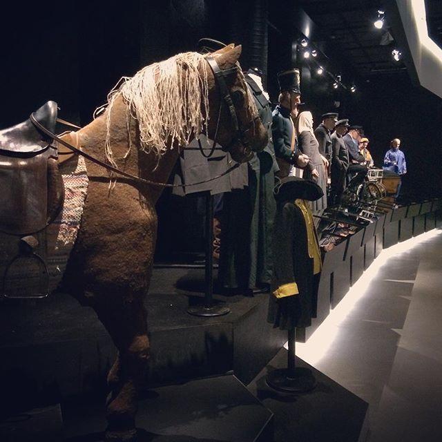 Posteljoonit rivissä ja vormussa. #posti #historia #postimuseo #museo #museot #tampere #tbt Kuva: eija_makinen Instagram