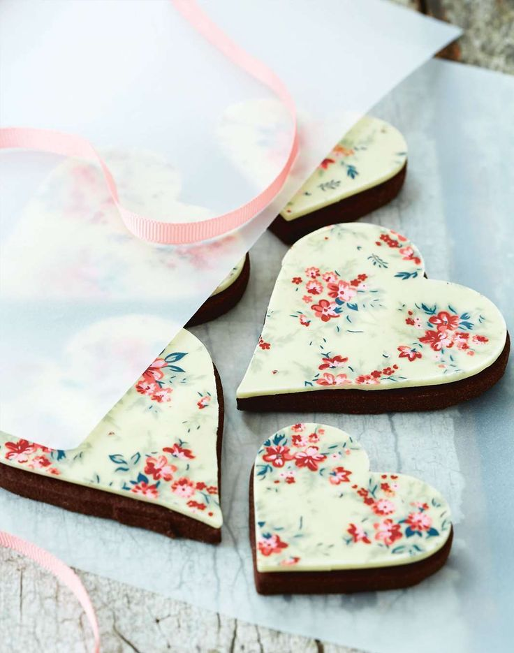 Liberty-print inspired chocolate hearts by April Carter from Treats | Cooked