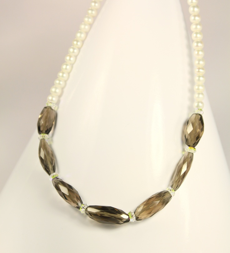 beautiful pearl and quartz...by Amethy