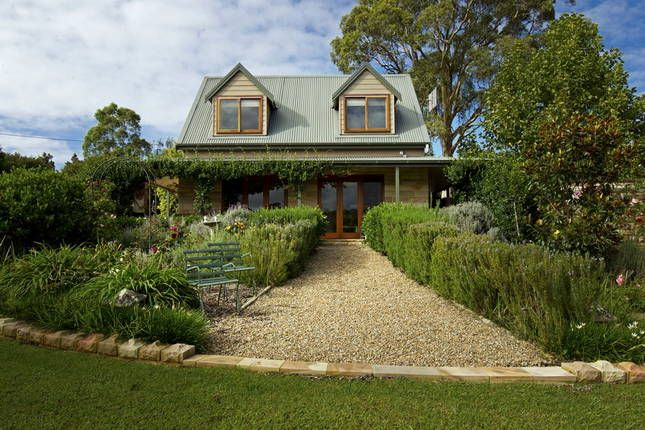 Berry Beach Holiday Cottage, a Berry House | Stayz