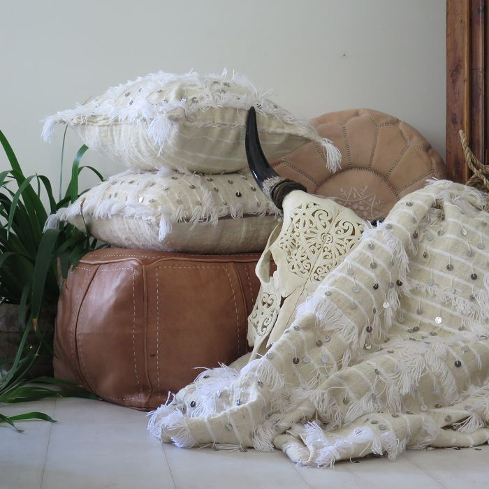 Moroccan Wedding Blanket And Pillows Maison