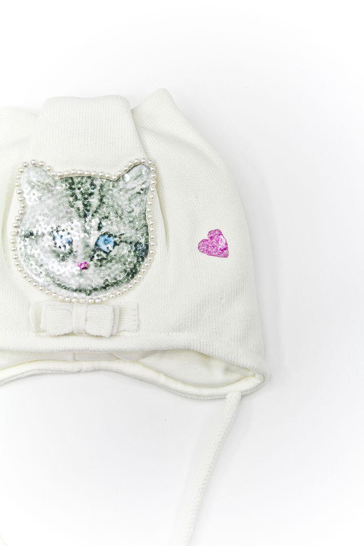 Pretty kitty hat.