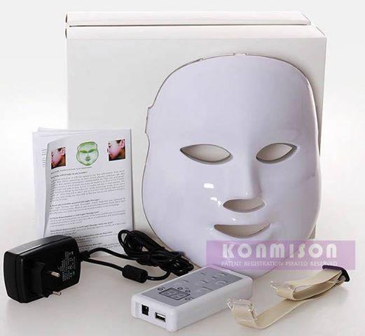 SKIN LED MASK: terapia de luz que ha mostrado ser muy efectiva para tratamiento de los diferentes trastornos del envejecimiento de la piel como lìneas de expresiòn, hiperpigmentaciòn, asperezas, etc. Usada tambièn para aliviar el acnè