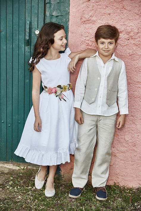 Vestido daminha roupa pajem casamento no campo  (Foto: Mairoca)